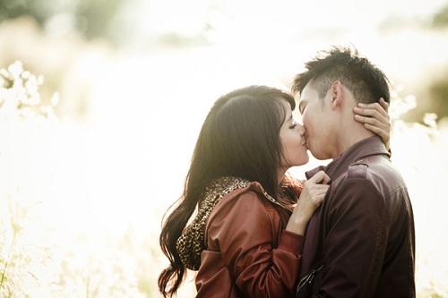 Mơ hôn nhau đánh con số nào