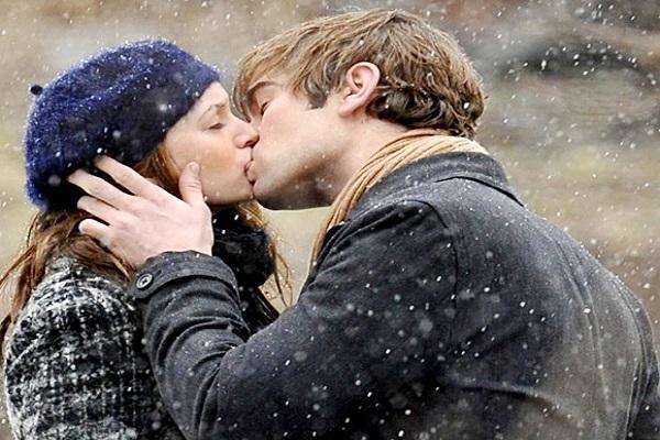 Mơ thấy hôn nhau điềm báo gì