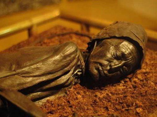 Mơ thấy xác chết – Hé lộ con số trong giấc mơ thấy nhiều xác chết