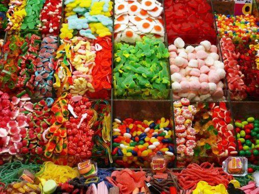 Mơ thấy bánh kẹo có ý nghĩa gì và những con xổ số liên quan