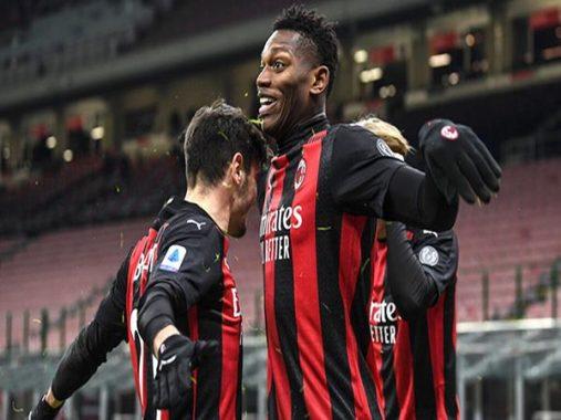 Tin bóng đá 18/1: Milan ngày càng xứng đáng là ứng viên vô địch