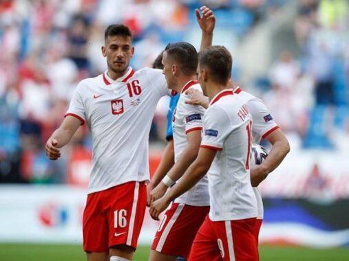 Dự đoán kèo Tài Xỉu Albania vs Ba Lan (1h45 ngày 13/10)